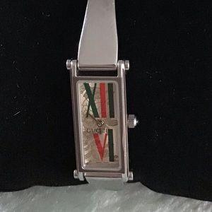 Gucci 1500 ladies watch